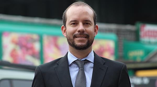 Rubén Paliz del Bank of America: 'Ayudamos a pequeñas empresas latinas'