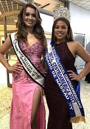 Las reinas Mayra Hernéndez y Jackeline Carvajal.
