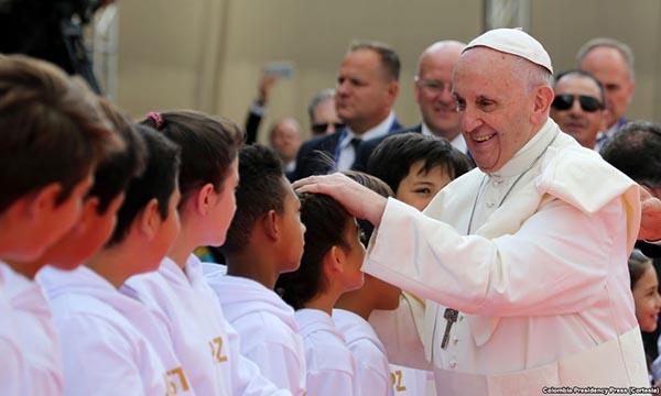 El Papa Francisco a los colombianos: 'La paz se logra con justicia'