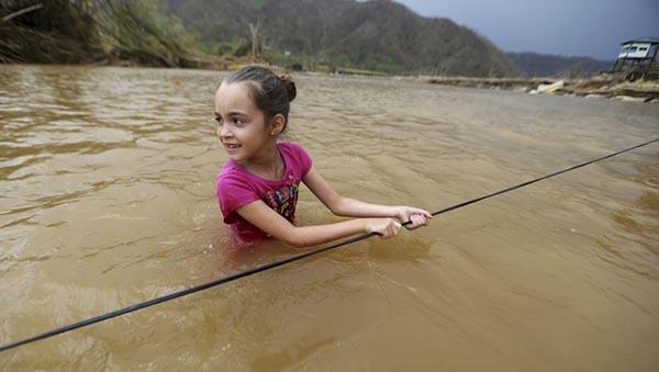 Puertorriqueños: 'La ayuda no llega después del huracán María' (cómo ayudar desde NY)