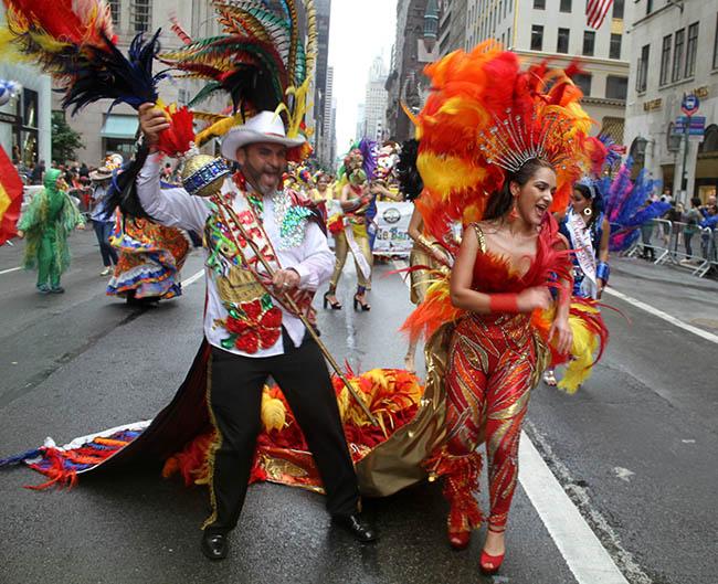 Desfile Hispano de Nueva York exalta las tradiciones culturales