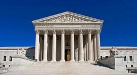 Trump triunfa con decisión de Corte Suprema de prohibir viajeros