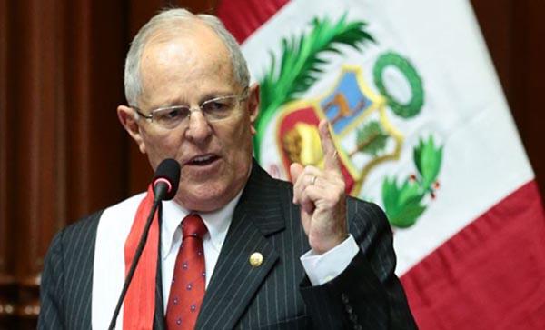 Escándalo Odebrecht puede tumbar al presidente de Perú