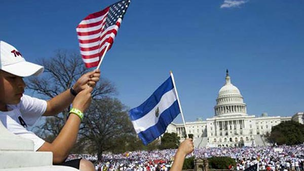 Salvadoreños en pie de lucha por TPS