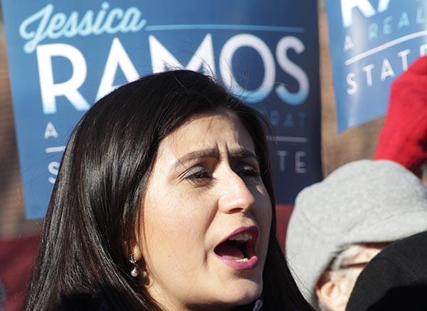 Jessica Ramos lanza de manera oficial su candidatura para desbancar al senador Peralta