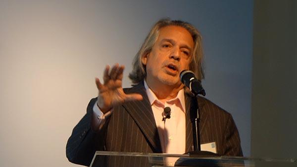 Luis Miranda presidente de Latino Victory Project