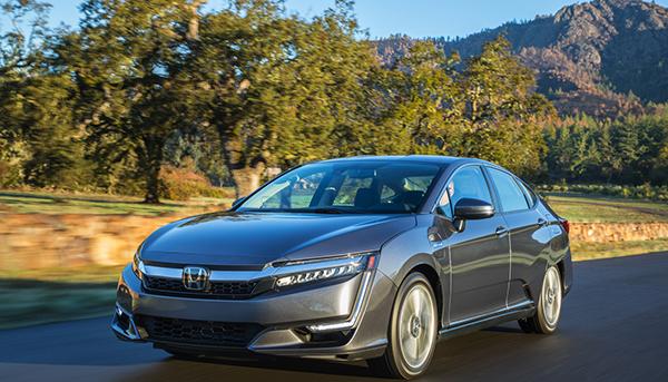 Honda revive el Clarity híbrido con manejo firme