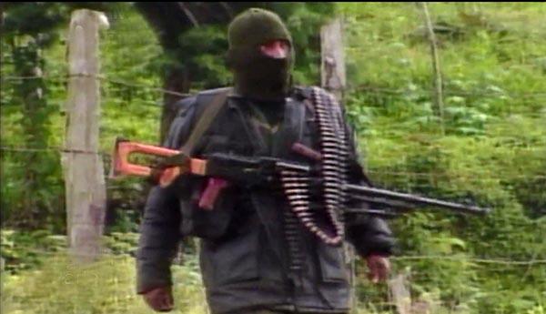 9,000 cadáveres de víctimas de paramilitares en Colombia
