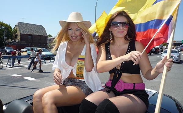 Independencia de Colombia en NY con música y folklore