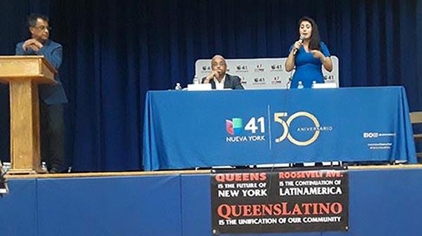Políticos latinos al ataque en debate histórico en Queens