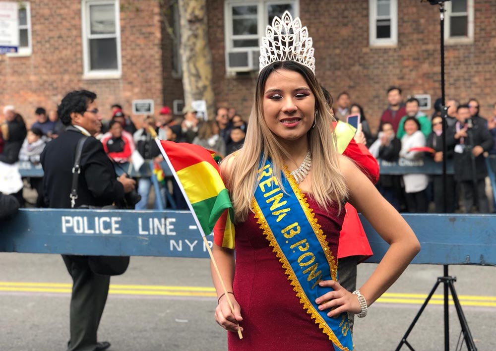 La reina del Desfile Boliviano de Queens,