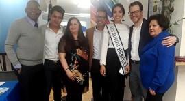 Miss Honduras visita Nueva York y habla de la caravana