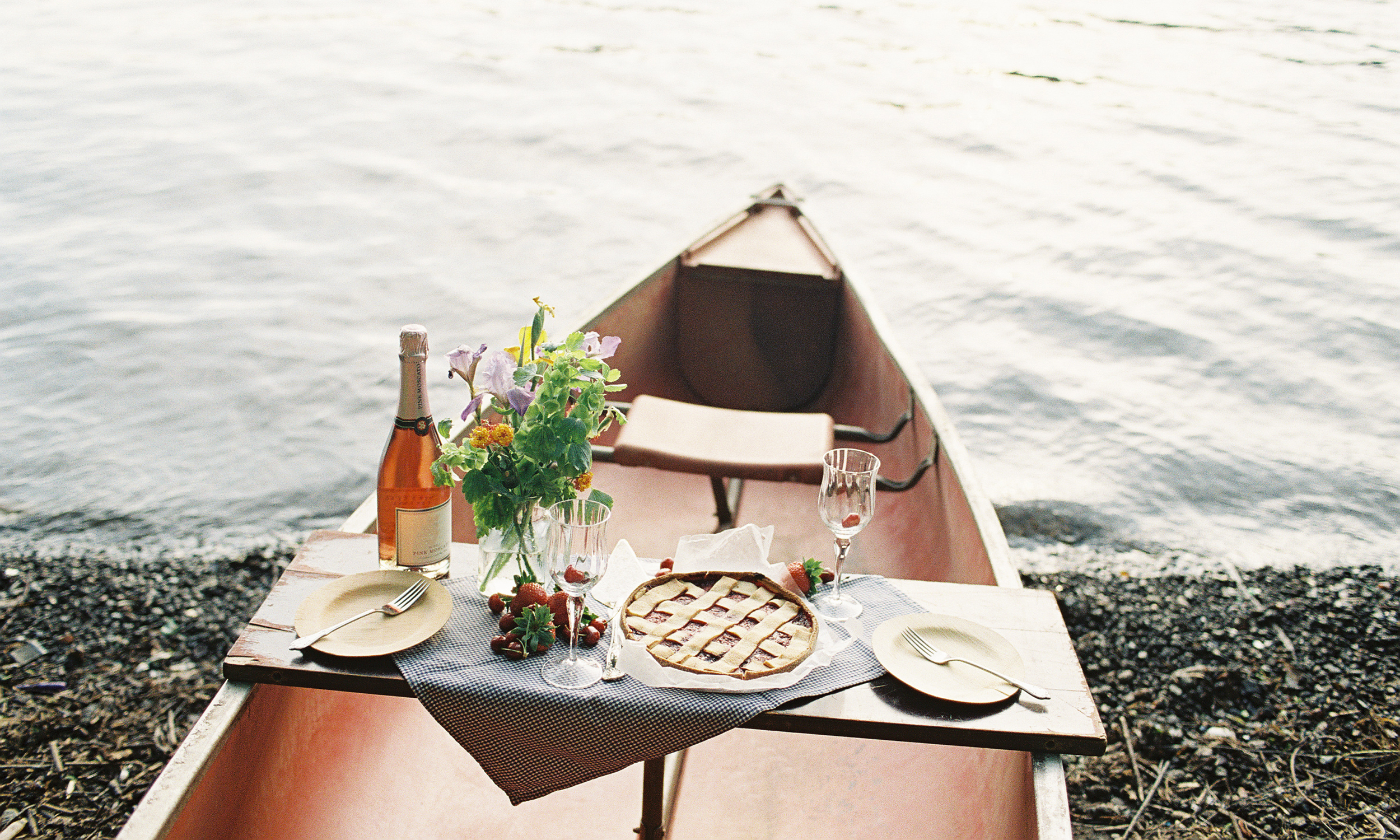 Styled Canoe by Quelcy