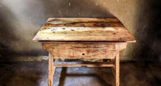 Deterioramento dei mobili in legno: cause.