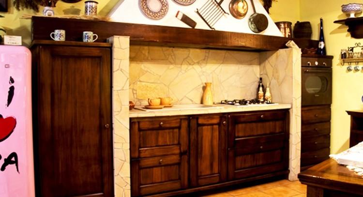 Cucina in stile rustico o country questioni di arredamento - Cucina stile rustico ...