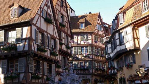 Edificios tradicionales de Colmar de estilo gótico alemán