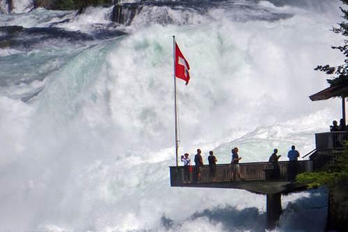 Mirador junto a las Cataratas del Rin