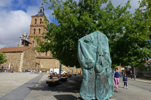 El Cofrade, monumento a la Semana Santa de Astorga