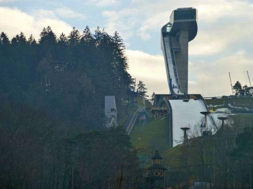 Trampolín de Salto de Bergisel, convertido en un moderno símbolo de Innsbruck