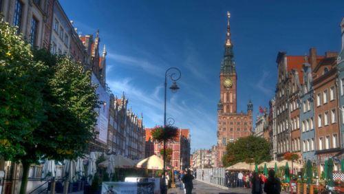Ayuntamiento de Gdansk junto al mercado Dlugi