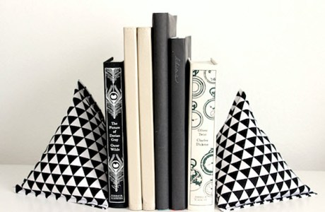Tutorial: Pyramid Fabric Bookends