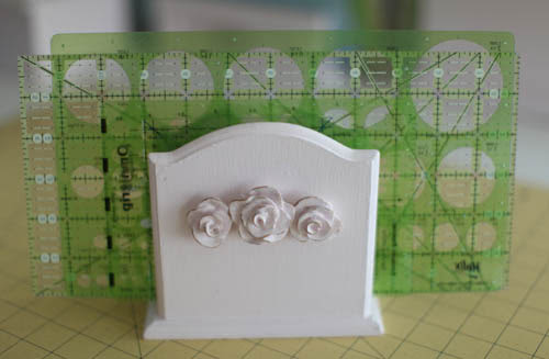 Anne Napkin Holder Used for Ruler