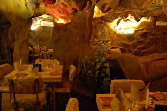 cave diner islamabad pakistan