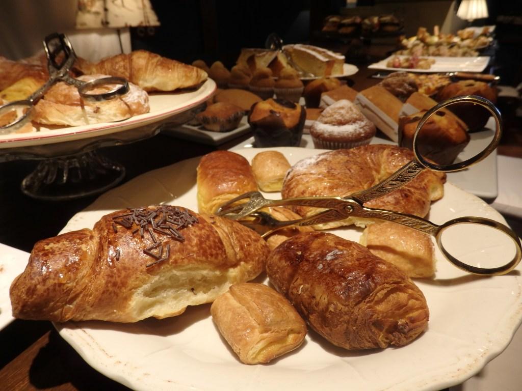 a portion of the five o'clock tasting selection at Hotel El Ciervo