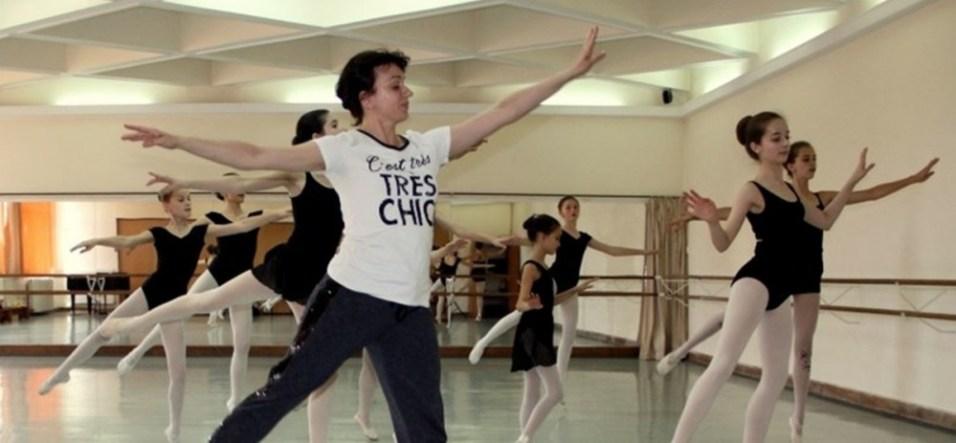 Ora de balet cu Simona Noja