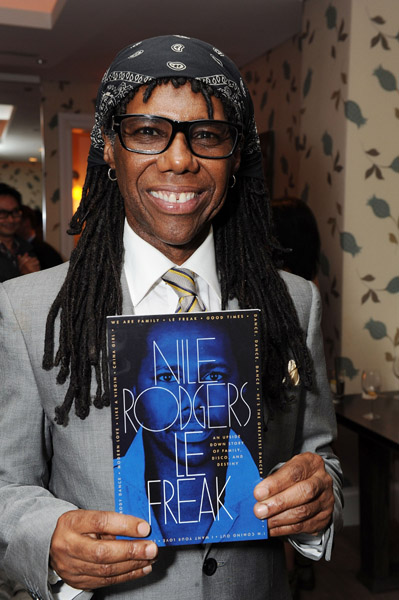 123966983keverix972011122057PM1 LOOK: Its Nile Rodgers from Chic
