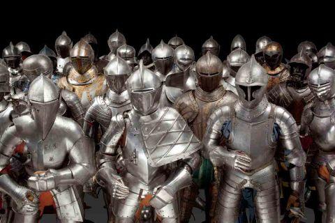 Karsten-Klingbeil-Harnisch-suits-armour-group-large
