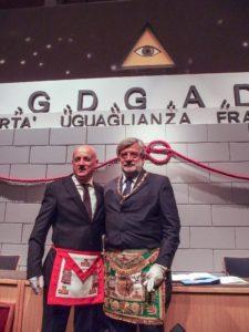 Il neo eletto Gran Maestro Stefano Bisi a sx e l'ex Gran Maestro Gustavo Raffi a dx