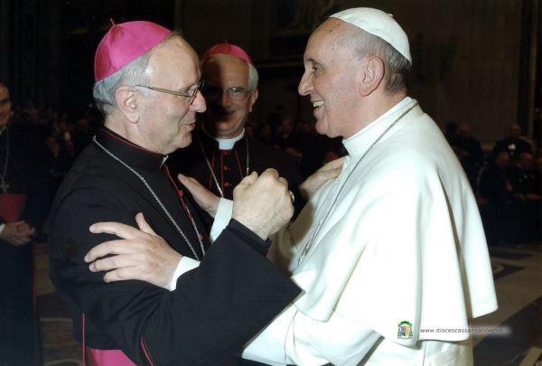 Affondo catto-socialista agnostico di Galantino a margine del viaggio calabrese di Bergoglio