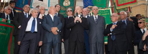 Stefano Bisi, di fronte a Porta Pia, festeggia massonicamente il XX settembre