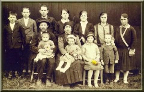 Bella famiglia di Zambla alta