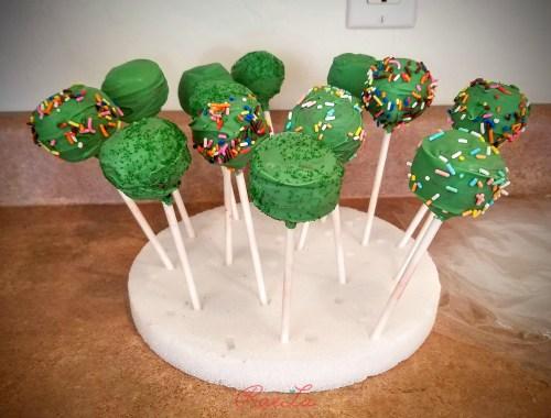 green cakepops