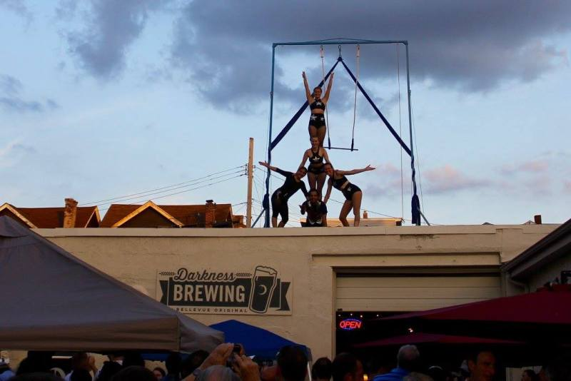 Bircus performers on the roof! (Photo provided by : Bircus Brewing Co)