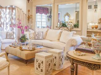 Southern style room in white