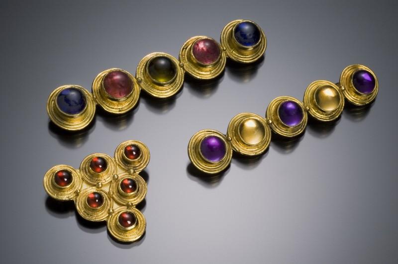 20-Rande-May-Dot-Pins