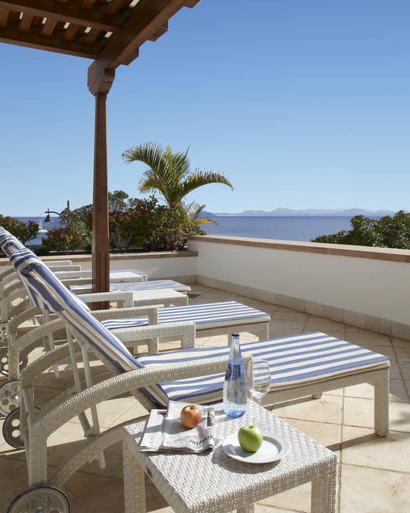 Royal_Suite_Sea_View_Terrace