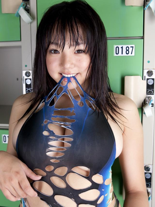 篠崎愛561