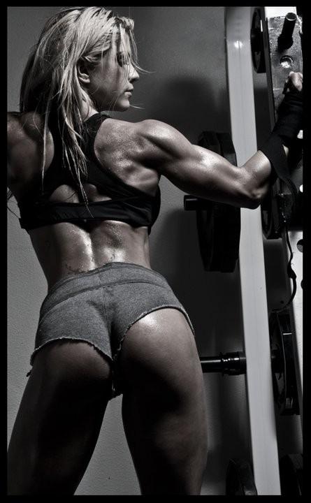 筋肉女351