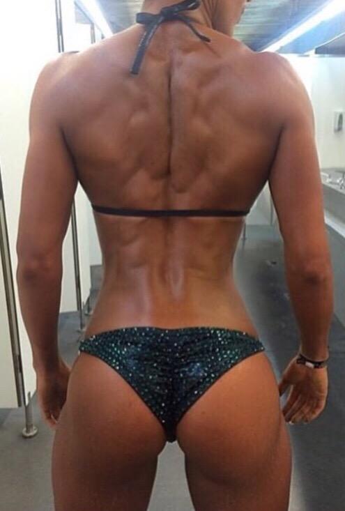 筋肉女622
