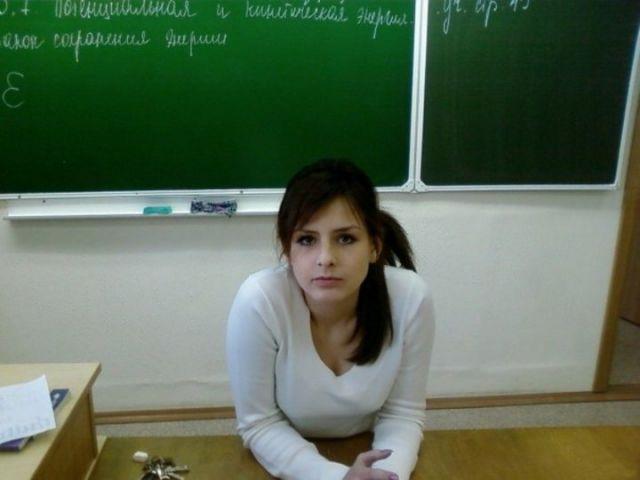女教師23