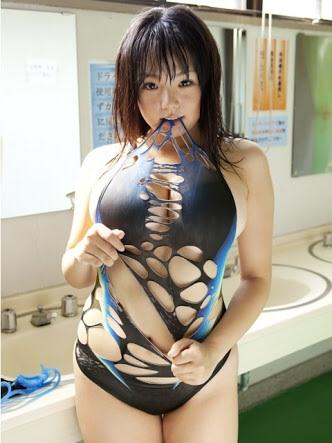篠崎愛111