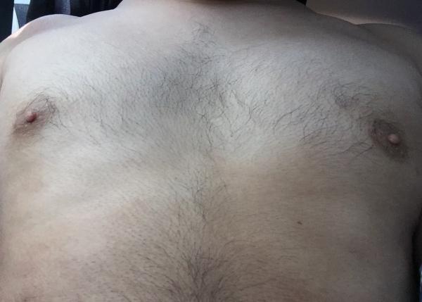 胸の形17