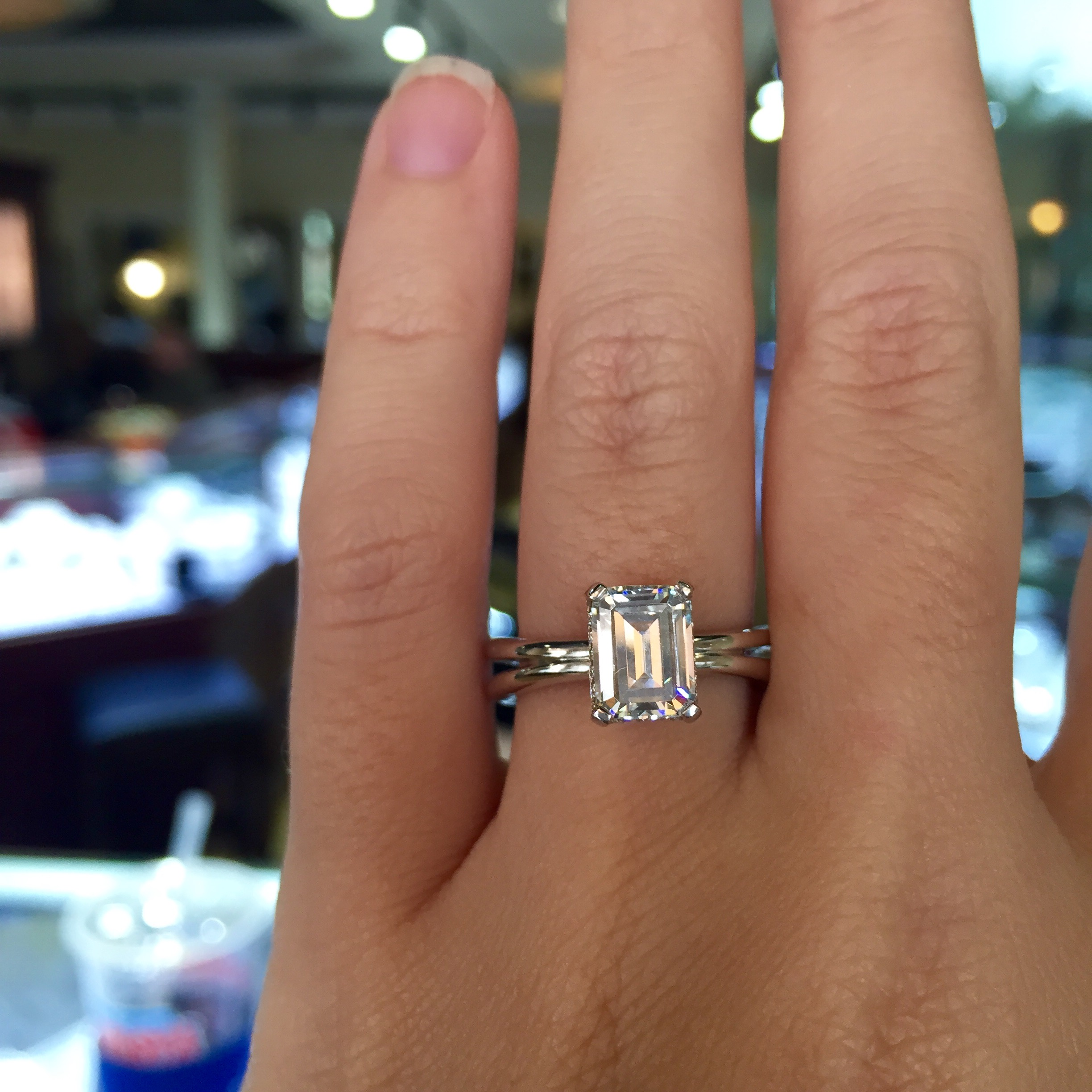 a jaffe mes emerald cut 08ctw diamond engagement ring setting emerald cut wedding bands a jaffe engagement rings