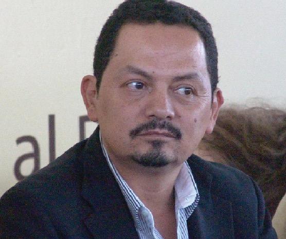 Víctor Roberto Infante, delegado del IMSS en Durango, con antecedentes de saqueador. Todo por la fuerza, nada con la razón.