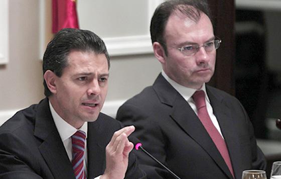 El presidente Enrique Peña Nieto y el secretario de Relaciones Exteriores Luis Videgaray, vergonzosos sirvientes de la CIA.