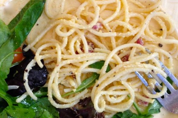 Carbonara with Salad